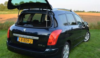 """Peugeot 308 SW 1.6 VTi Blue Lease 